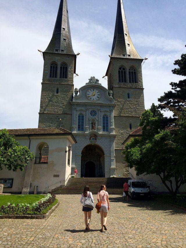 Sisters Lucerne 2